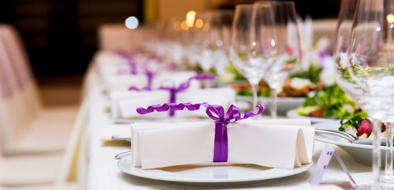 Eat, Drink, and Be Merry: Choosing a Wedding Caterer